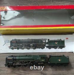Hornby R2618X Britannia Lord Rowallan OO gauge steam engine model railway train