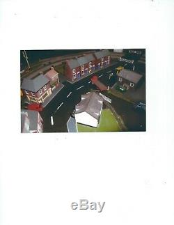 Hornby model railway 00 gauge complete layout including trains & cars