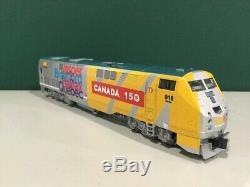KATO N gauge P42 VIACanada #916 29-720 model train 150th anniversary logo