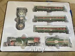 Lionel The Christmas Express Electric HO Gauge Model Train Set Opened Box