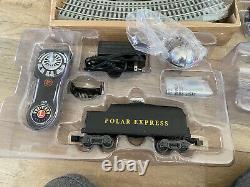 Lionel The Polar Express Electric O Gauge Model Train Set w Remote & Bluetooth