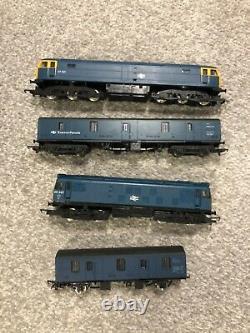 MODEL RAILWAY BASE BOARD 00 GAUGE LAYOUT HORNBY Train Track & Trains PLEASE READ