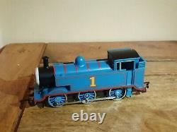 Model Railway Layout with 3 Trains & Model Accessories (00 Gauge)