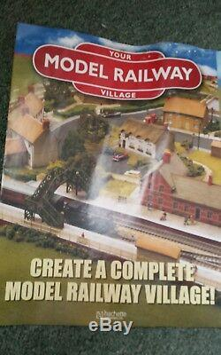 Model Train Set your model railway village new complete bargain 00 gauge 0