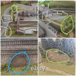 OO Gauge Model Railway Layout 10ft x 4.5ft with DCC controller & trains