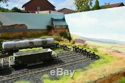 OO Gauge Model Railway Layout Shunting Yard Train Set Complete & Lighted