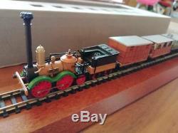 TRIX 11074 SAXONIA STEAM TRAIN Train Set N Gauge Railway model rare GC