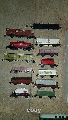 TT Gauge Model Railways Trains Huge Set Locomotives Wagons Tracks Bridges etc